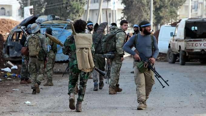 Aktivisten melden Plünderungen in Afrin