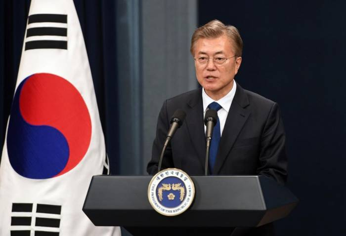 Seúl sugiere una cumbre a tres con Pyongyang y Washington en el futuro