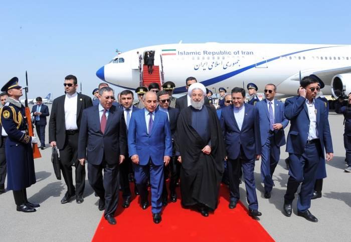 İran prezidenti Bakıdadır - FOTO (Yenilənib)