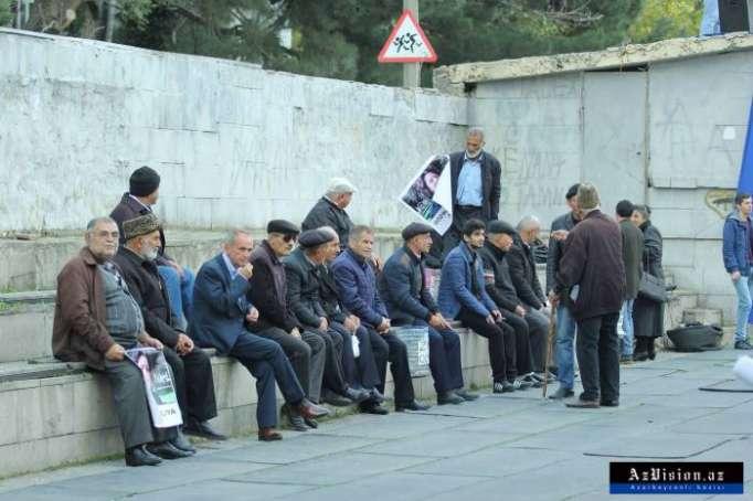 Siyasi partiyalar 10 mart mitinqini boykot etdilər