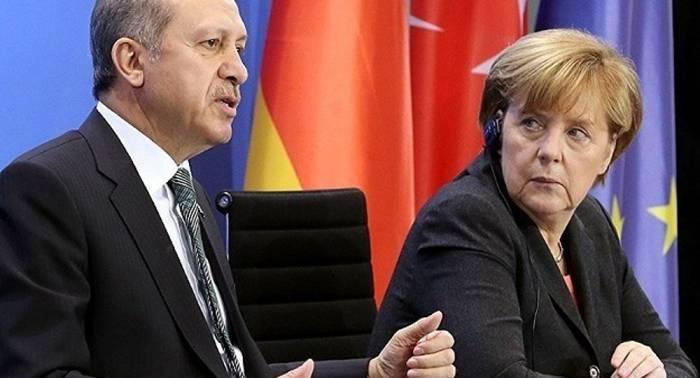 Erdogan s'est entretenu par téléphone avec la chancelière allemande Merkel