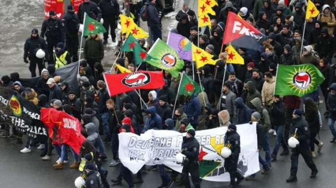 Tausende Kurden demonstrieren in Hannover gegen türkische Offensive in Syrien