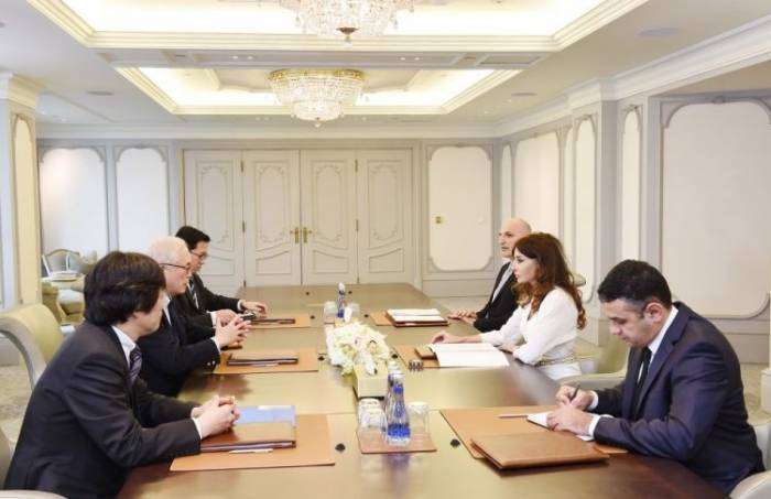 Mehriban Aliyeva meets with Foreign Policy Adviser to Japanese Prime Minister - PHOTOS
