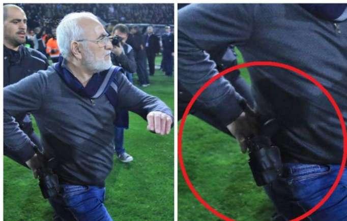 Grèce: Le président du PAOK rentre sur le terrain armé d