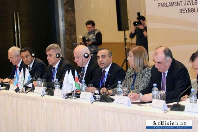 Bakou accueille une conférence internationaleduGroupe de soutien à la Route de la soie - PHOTOS