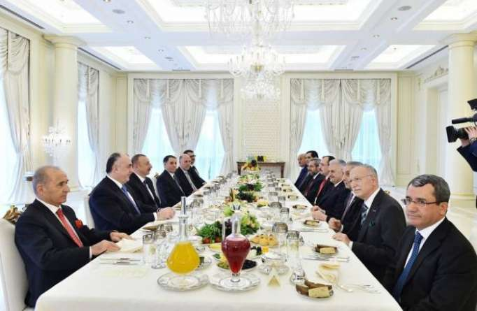 Projects of Azerbaijan, Turkey provide energy security - PM