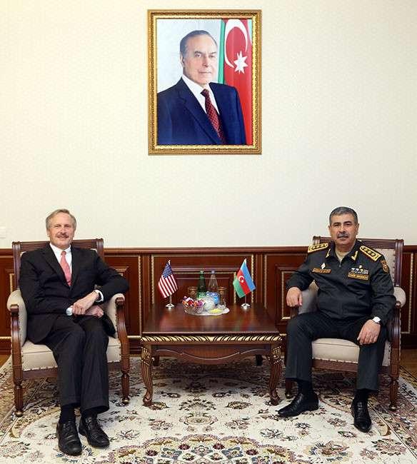 Azərbaycanla ABŞ arasında hərbi əməkdaşlıq müzakirə edilib