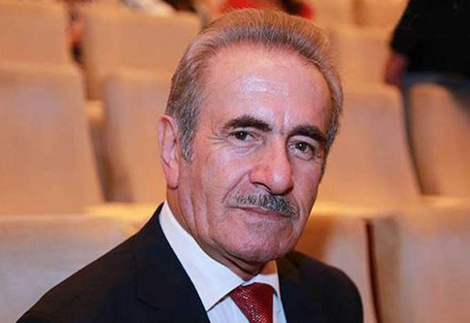 """78 yaşlı Canəli Əkbərov: """"Qarşımda rəqs edirlər..."""""""
