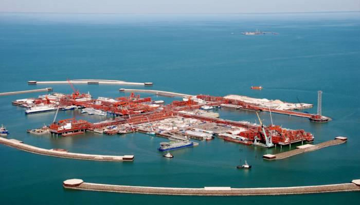 Azerbaijan's contractors may take part in Kazakhstan's oil projects