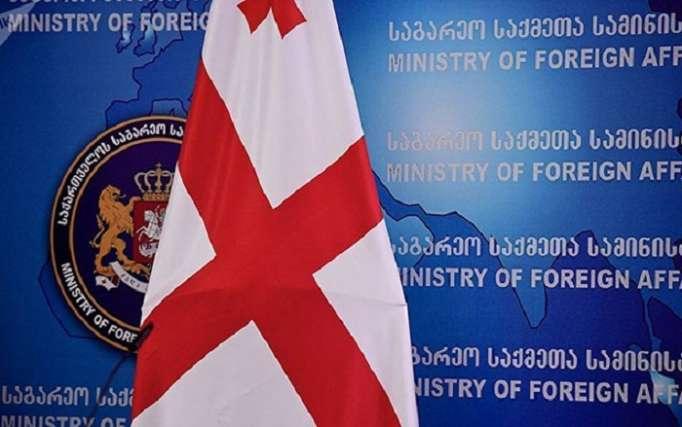 Gürcüstan rus diplomatı ölkədən qovur
