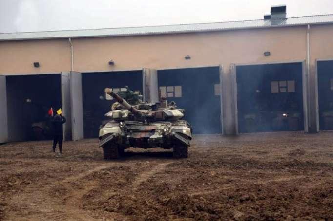 Tank bölmələrimiz döyüş hazırlığı vəziyyətinə gətirildi - VİDEO, FOTOLAR