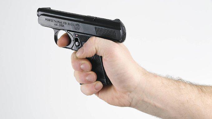 Darf man geerbte Waffen behalten?