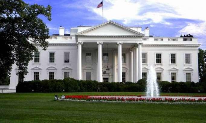 """La Casa Blanca califica el informe de Mueller de   """"exoneración total y completa""""   del presidente Trump"""