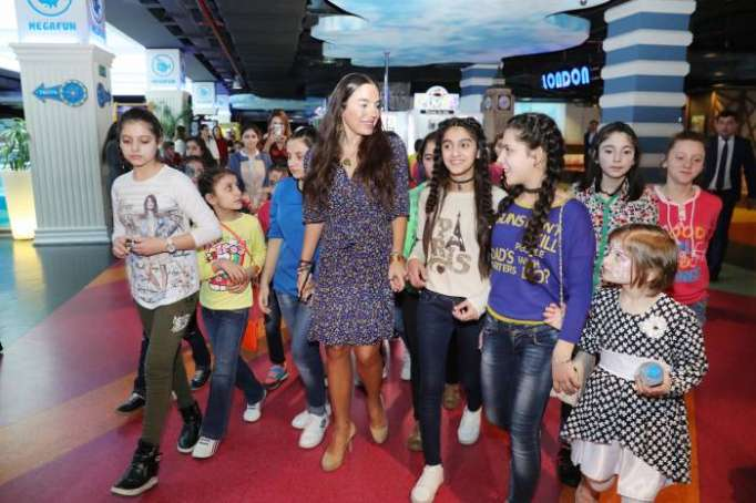 Leyla Aliyeva attends festivities for children organized by Heydar Aliyev Foundation