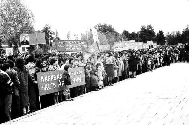 """30 años del separatismo:¿Qué dió """"Miatsum"""" a los armenios?-Análisis"""