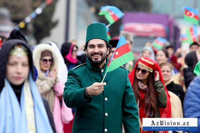 Bakı möhtəşəm Novruz şənliyinə hazırlaşır - FOTOLAR+VİDEO