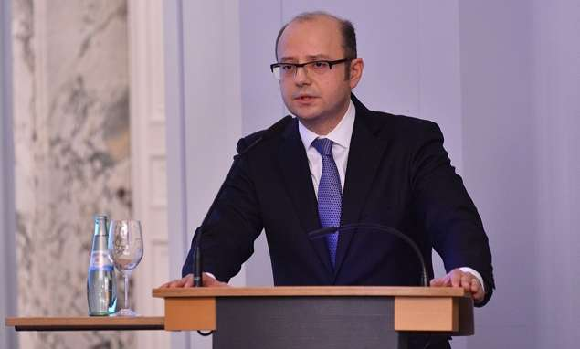 """Se discute la creación de plataforma sobre la iniciativa """"OPEC +"""" en Bakú"""