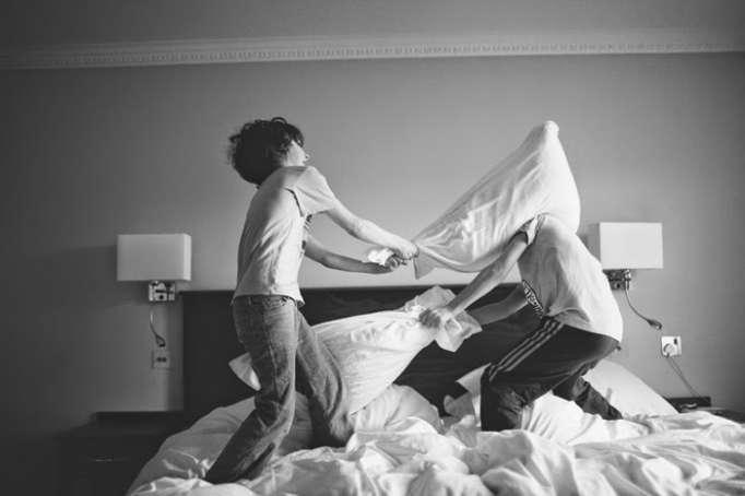 Pourquoi vous devriez laisser vos enfants jouer à la bagarre