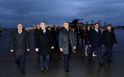رئيس البرلمان في الجبل الأسود يصل إلى باكو