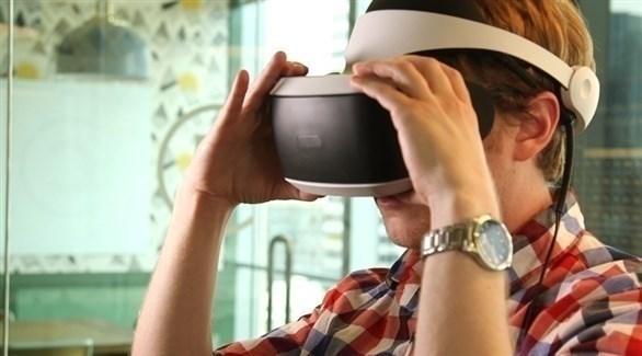 ما يحدث داخل جسمك عندما تخوض تجربة واقع افتراضي-فيديو