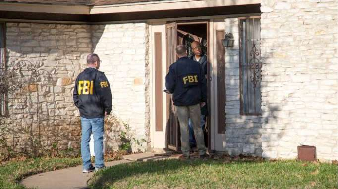 Three package bombings in Texas are linked, police say; two people killed