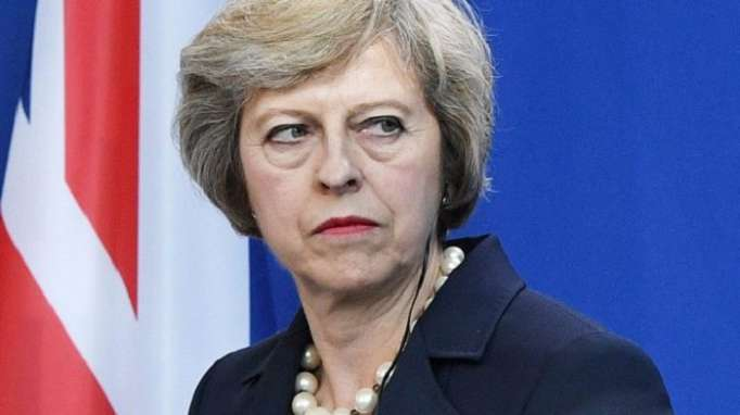 "Brexit: Theresa May ""humiliée"" à Salzbourg"