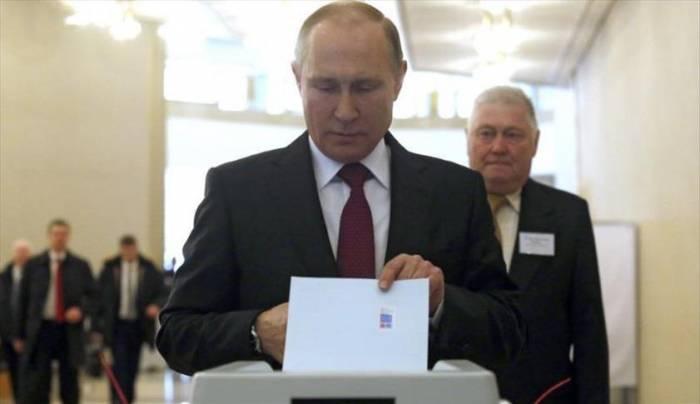 """بوتين يقول إنه ليس لديه أية خطط لتعديلات دستورية """"حتى اللحظة"""""""