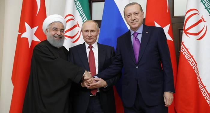 Ərdoğan, Putin və Ruhaninin görüşü başladı