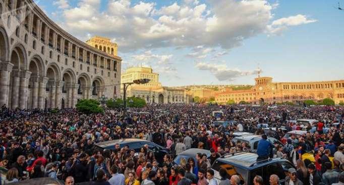 Armenia ARF ministers, provincial governors resign