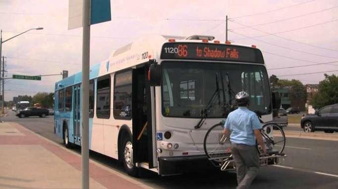 Mikroavtobusu piyadaların üstünə sürdü, 5 nəfər öldü