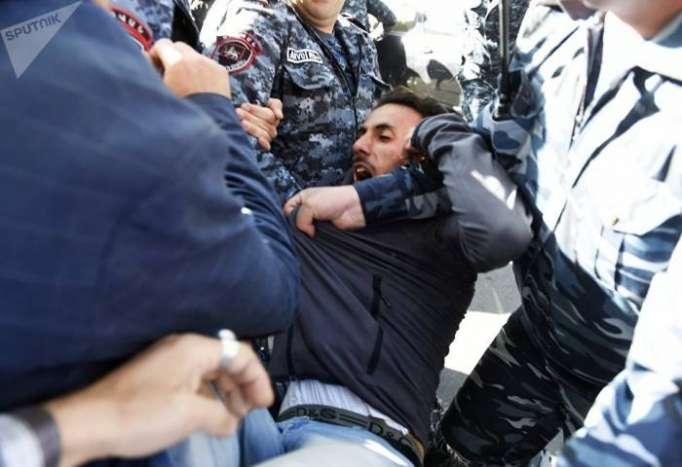 Ermənistanda tutulun etirazçıların sayı 37-ə çatıb