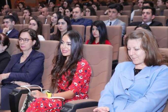 Leyla Əliyeva film təqdimatında - FOTOLAR