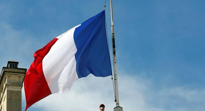 Embajador:Francia no vende armas a Bakú y Ereván