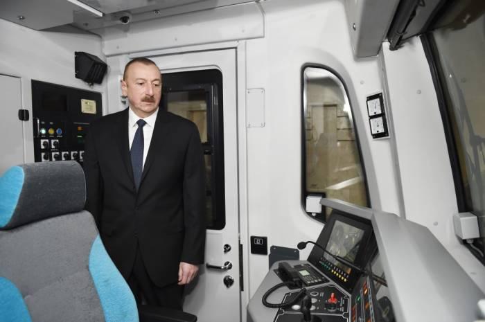 Prezident yeni metro qatarlarına baxış keçirib -