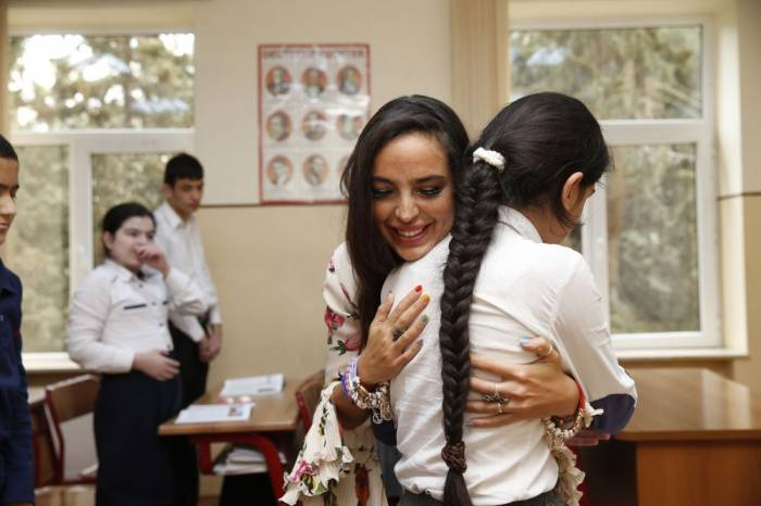 Leyla Aliyeva rencontre des enfants handicapés - PHOTOS