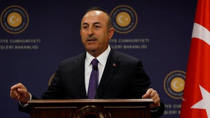 Türkischer Außenminister redet in Solingen