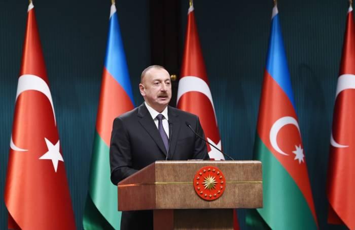 """İlham Əliyev: """"Layihələrimizin böyük siyasi mənası var"""""""