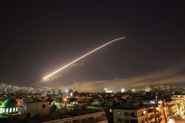 La France, les Etats-Unis et le Royaume-Uni ont frappé la Syrie dans la nuit