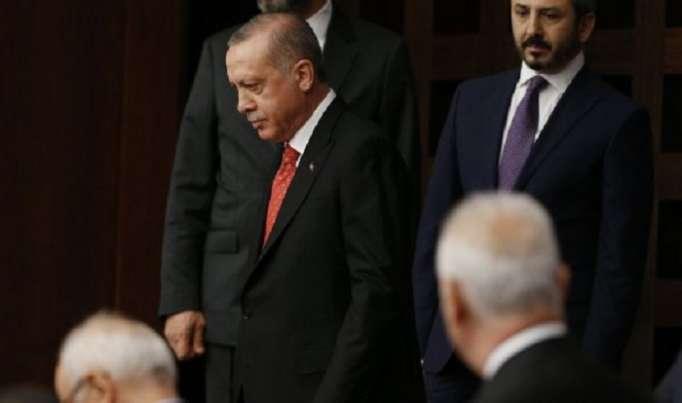 Ərdoğan deputatlara əsəbiləşib parlamenti tərk etdi -