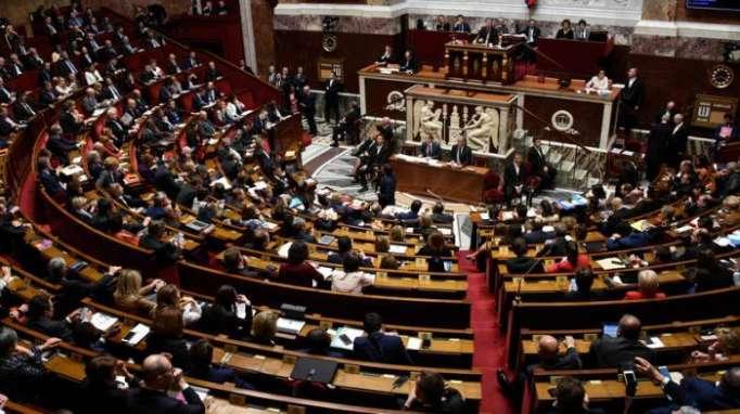 Frankreichs Nationalversammlung verabschiedet schärfere Asylgesetze