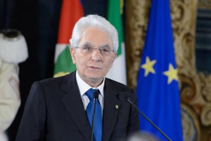 Italian president opens talks on forming new govt
