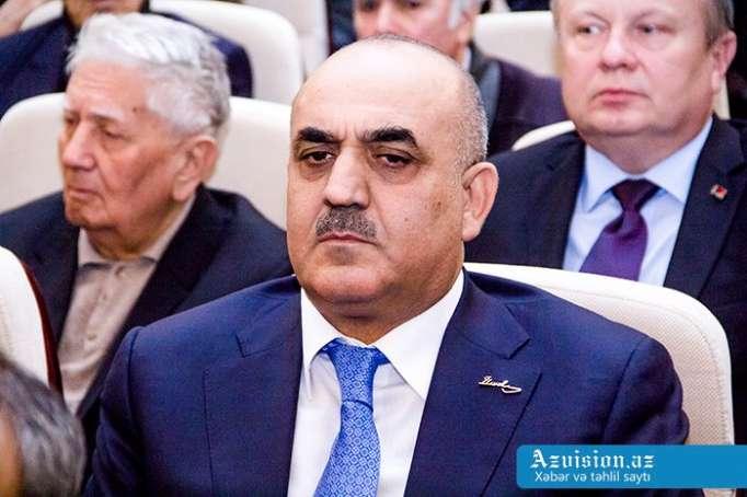 """""""Pensiyalar 15 ildə 11,3 dəfə artıb"""" - Nazir"""
