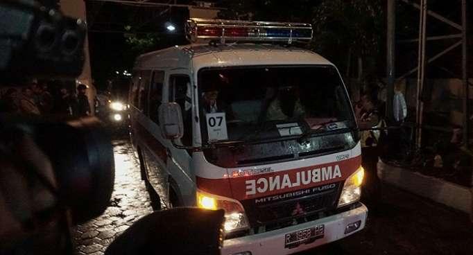 Al menos 10 muertos por incendio en un pozo de petróleo en Indonesia