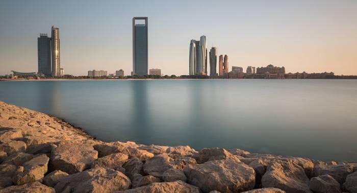 Argentina y Emiratos Árabes Unidos firman acuerdo para impulsar inversiones
