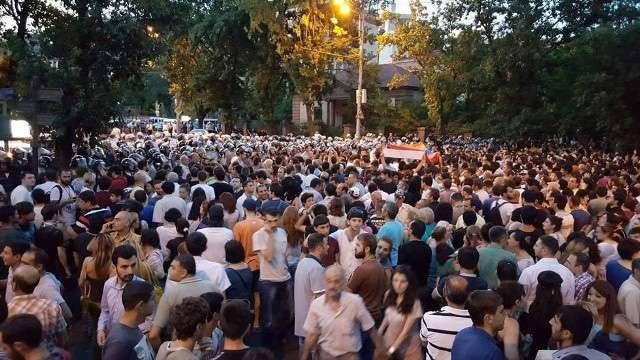Protests in Yerevan resume