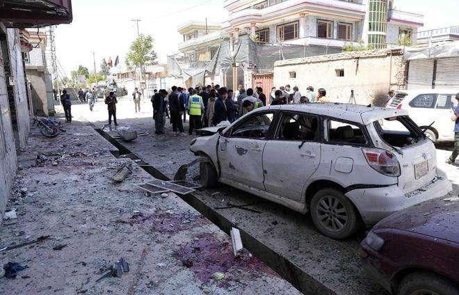 Un ataque del Ejlercito pakistaní deja al menos 15 civiles muertos en Afganistán