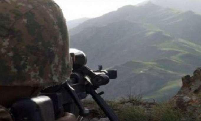 Les forces armées arméniennes bombardent un village azerbaïdjanais, un civil blessé