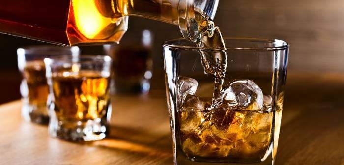Pérou:   ils boivent un alcool censé les protéger du coronavirus, et meurent