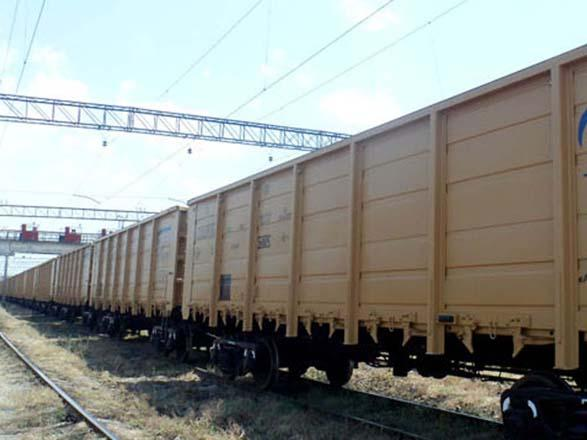 Azerbaijan plans to purchase more than thousand new freight cars