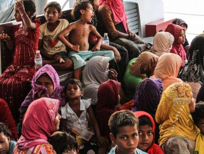 First Rohingya Muslim families return to Myanmar